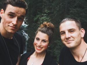 von l.n.r. Nils Wesch, Ann Sophie und T.J. Graham in Canada