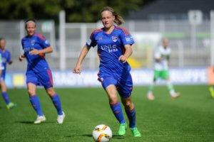 Annalena Breitenbach im Allianz-Frauenfussball-Bundesliga-Spiel FF USV Jena gegen VfL Wolfsburg; Foto: Jürgen Scheere
