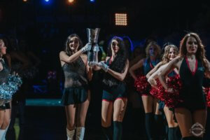 Luisa mit den Brose Bamberg Dancers bei den Top Four in Berlin