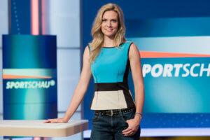 WDR Köln, .25.07.2014, Julia Scharf, Moderation Sportschau, WDR/Herby Sachs