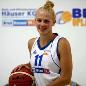 Leonie Schütter; Foto: Heinrich Kunel