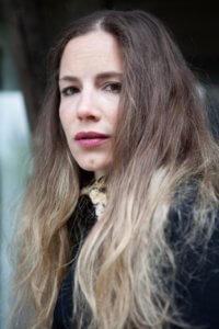Ines Schmiedt; fotografiert von Laurie Schmiedt