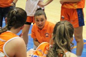 Hanna Ballhaus coachte die Mädels vom Club Baloncesto Aros León