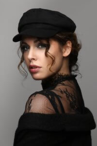 Denise Schultheis; Foto Raymond Wy, Make-up Artist Laila Wy